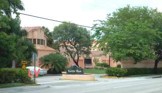 Turtle Run townhouses and villas in Plantation FL